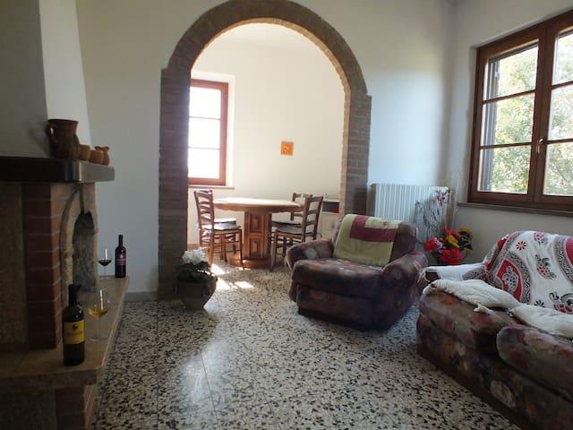 BED&WINE TASTING ROOM - suvereto - Apartment