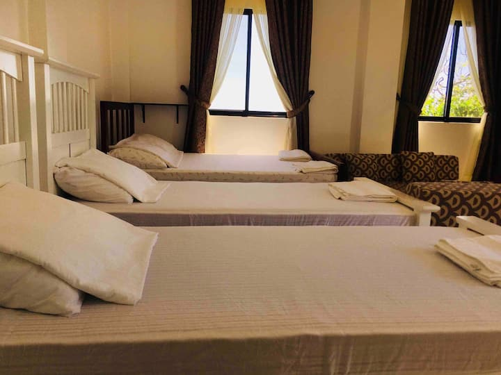 Melronz inn-Double Bed -second floor
