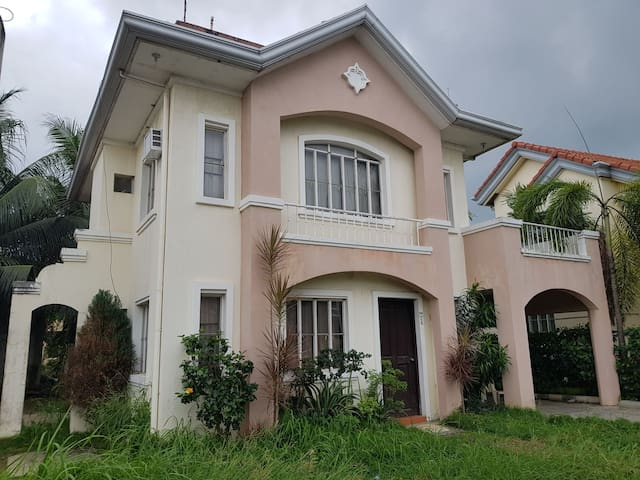 Talisay House for Family or Big Groups
