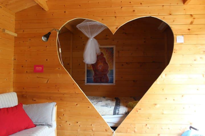 The love shack! simple perfect romantic getaway <3