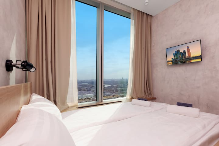 Double room with panoramic view from 52nd floor!