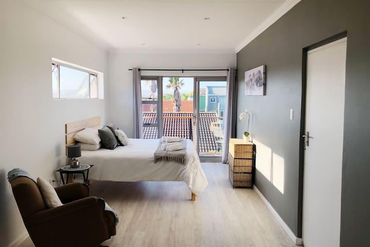 large ensuite bedroom