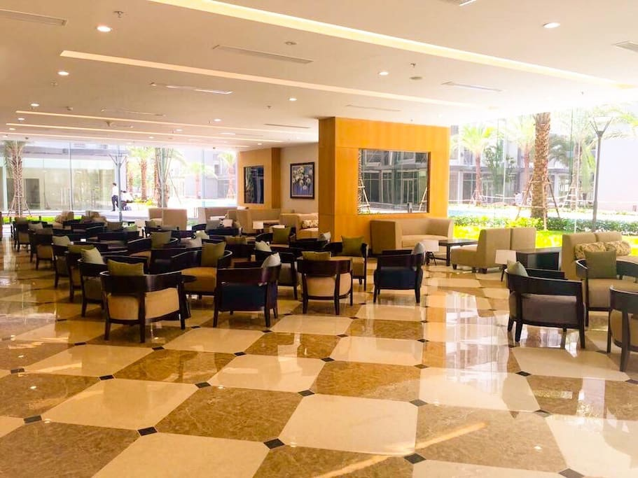 Luxury•Spacious•Relaxing Lobby
