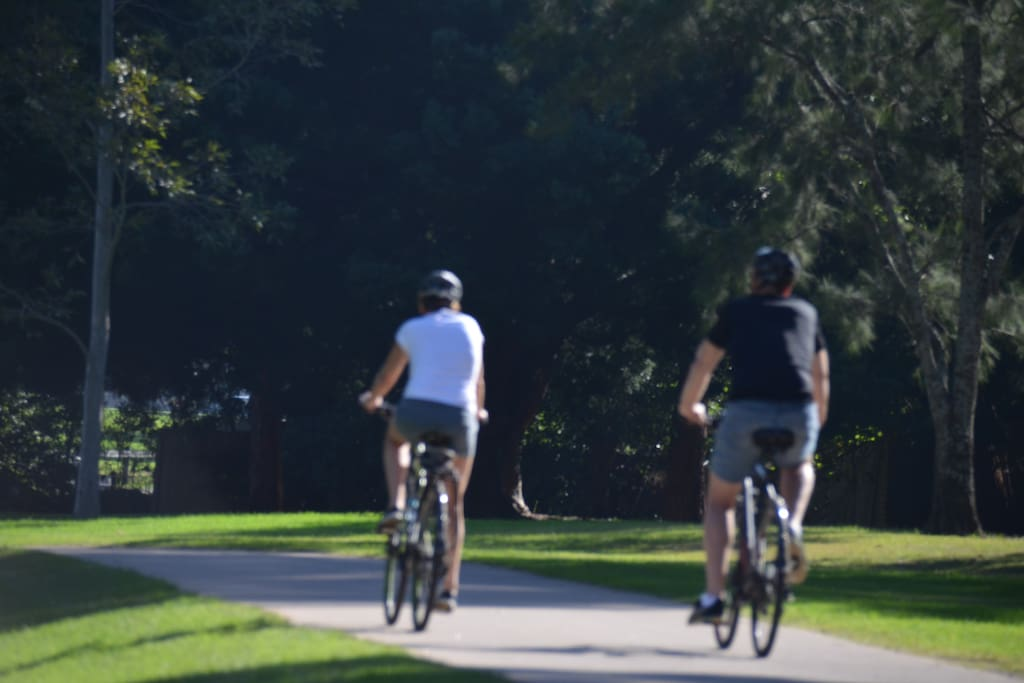 Cooks River Walkway/Cycleway is at the end of the street, so you can enjoy some time outdoors along the river.