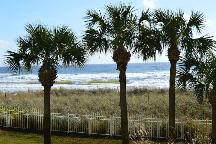 Jade East 110 Updated Beachfront~Heart of Destin