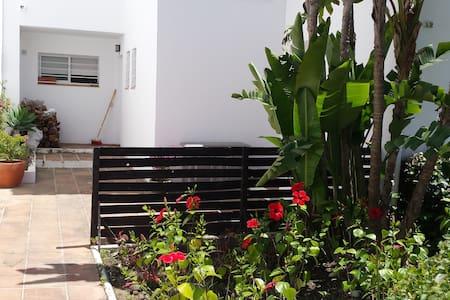 Cute GuestHouse near Beach - Estepona