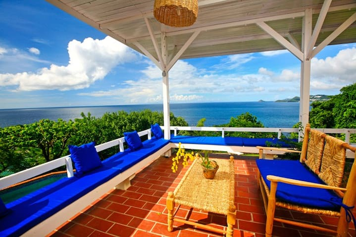 SEA CLIFF VILLA - OWNER DIRECT -  SUPERHOST STATUS - Castries - Villa