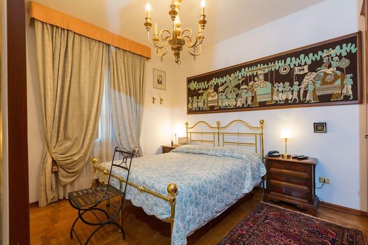 Camera in Villa fra le colline toscane - Rio del Sole - Villa