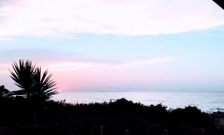 """Casa Vacanze """"Tramonto sul mare"""""""