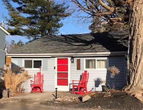 Cozy cottage near the beach