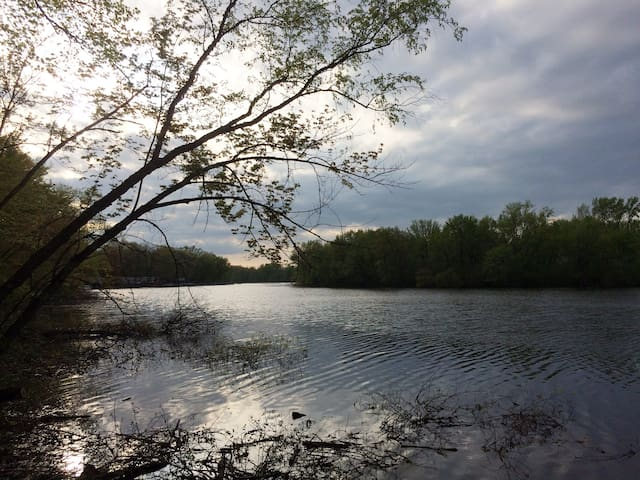 Riverview Retreat