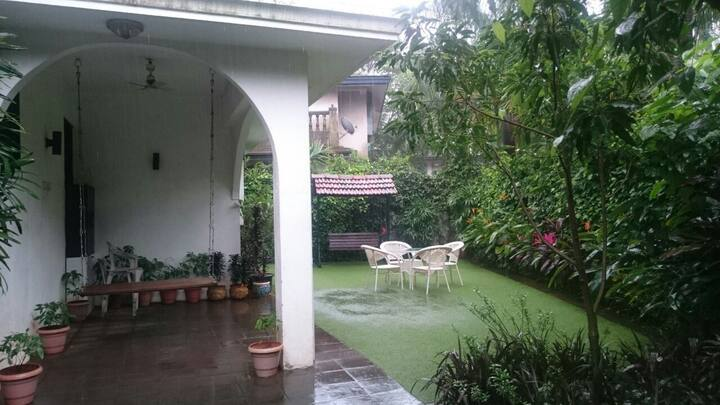 Cozy Bunglow at Lonavala for a comfortable stay