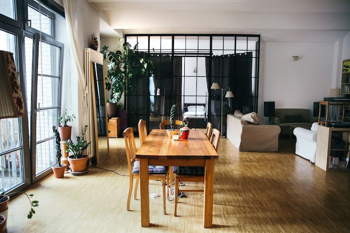 Huge Loft Apartment on exclusive street by canal - Berlino - Loft