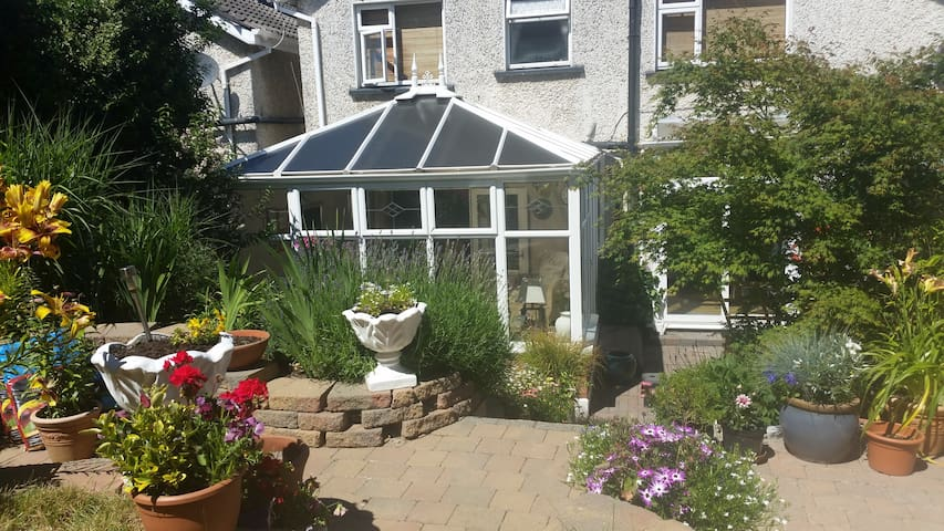 Perfect location near beach, village & Dublin city