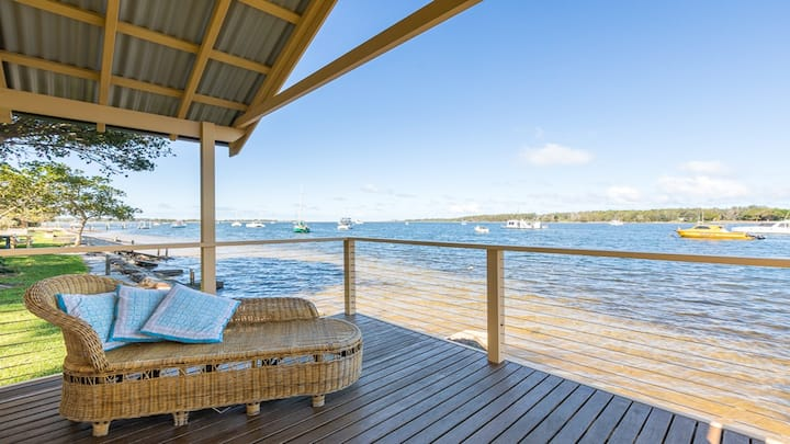 Blue Water - riverfront location with water views