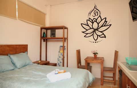 Incroyable petit appartement à 5 min🏝 de la ️ Climatisation Wifi rapide 🅿️