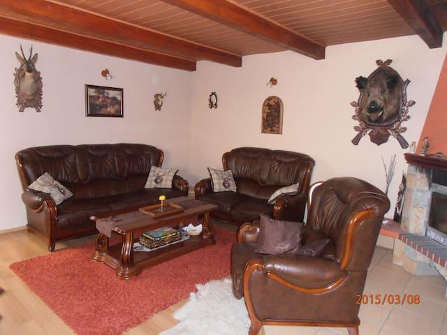Enjoy luxury accommodation! - Dúbrava - Maison