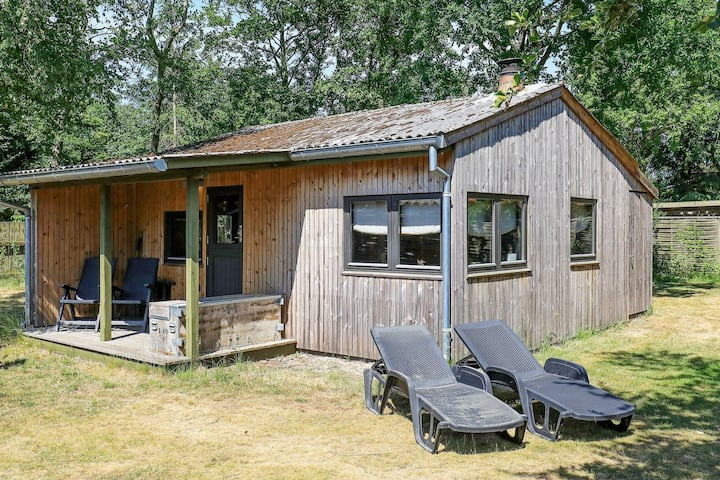 Tranquil Holiday Home in Blåvand with Radio