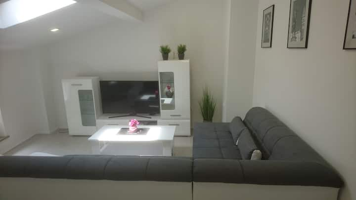 Modern Apartment by the beach Ana's Dreams