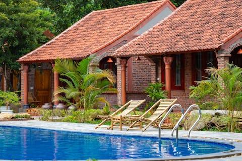 Deluxe Bungalow Poolside & Garden