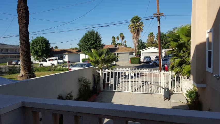 Comfy & Clean Room in Downstair - Monterey Park - Ev