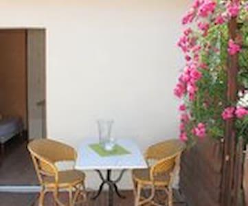 Studio avec terrasse - Lamotte-Beuvron