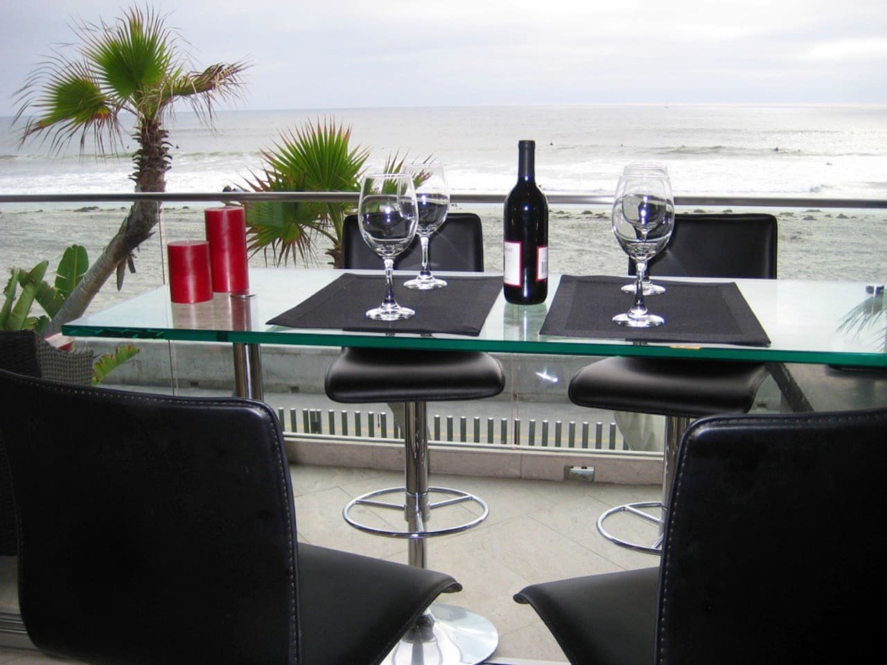 Luxury 2 Bedroom Oceanfront Condo on Mission Beach in Best Location!