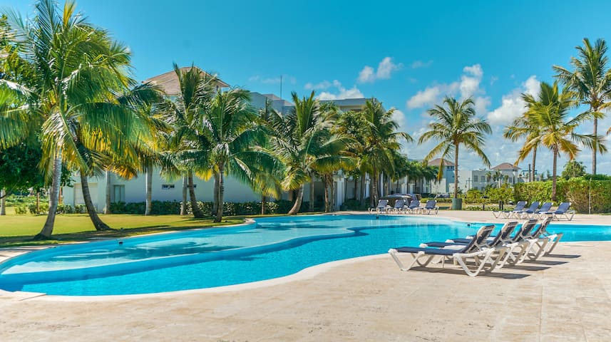 Luxurious Apartment inside Punta Cana Resort 3BR