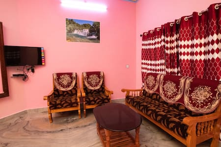 Phoenix Holiday Home - 3BHK Ac  Villa