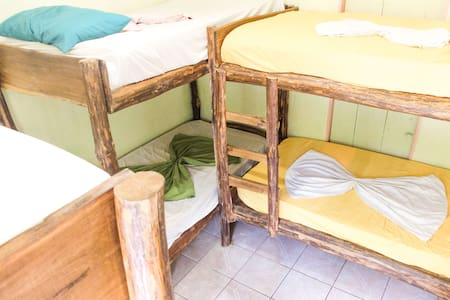 Katira Hostal by Paradise Products Costa Rica