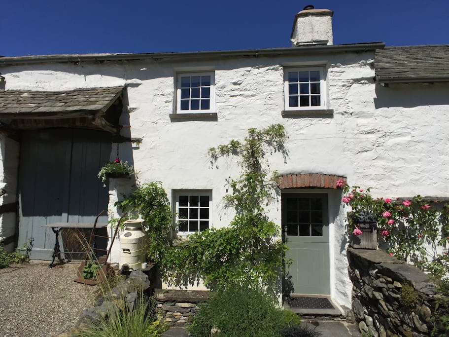 Front of Crumble Cottage