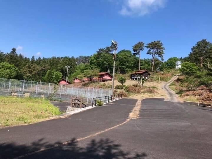 ジャパンレッド発祥の地、日本遺産認定の昔話の村吹屋ふるさと村