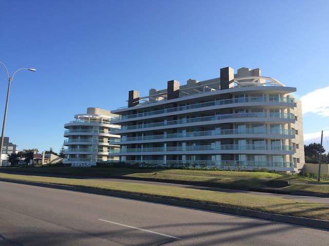 Apartamento frente al mar mansa3 - Maldonado - Apartamento