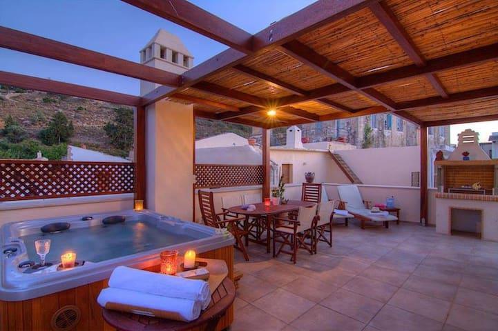 Villa Euphoria, the villa of your dream holidays! - Maroulas - 타운하우스