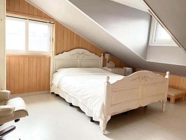 포근하고 아늑한 꿀잠 침실