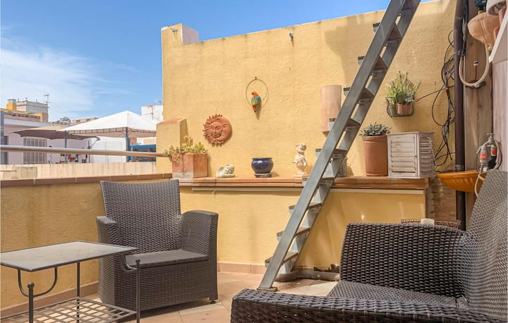 Stunning home in Vinaros with WiFi and 1 Bedrooms