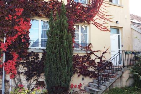 Appartement dans village proche de Reims