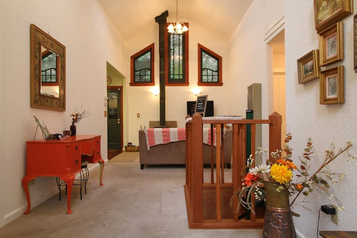Bird's Nest Cottage-Relax and Unwind - Guerneville - House