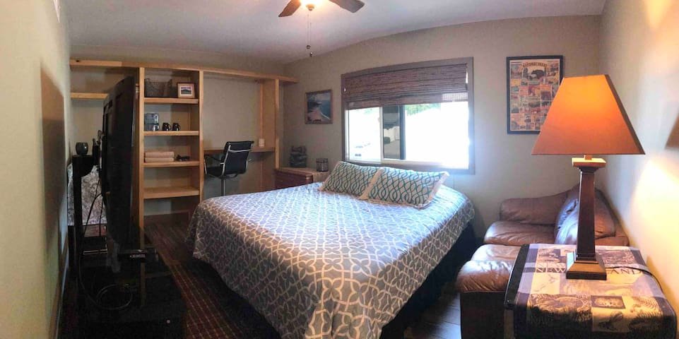 Remolded, Private room w/ California King bed