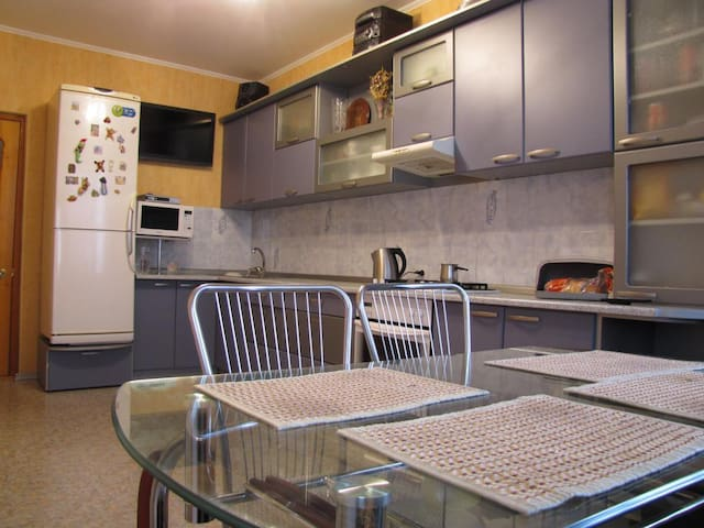 2-х комнатная квартира возле моря с удобствами - Yuzhne - Daire