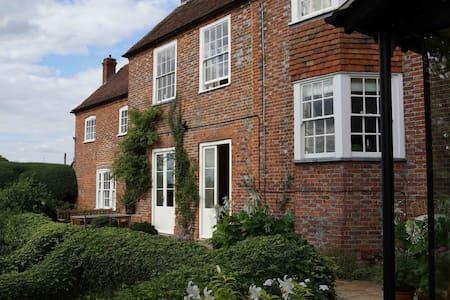 Saffron House, Ewelme, Wallingford - Ewelme