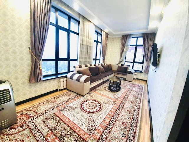 ★ Top floor,beautiful apartment near city center ★