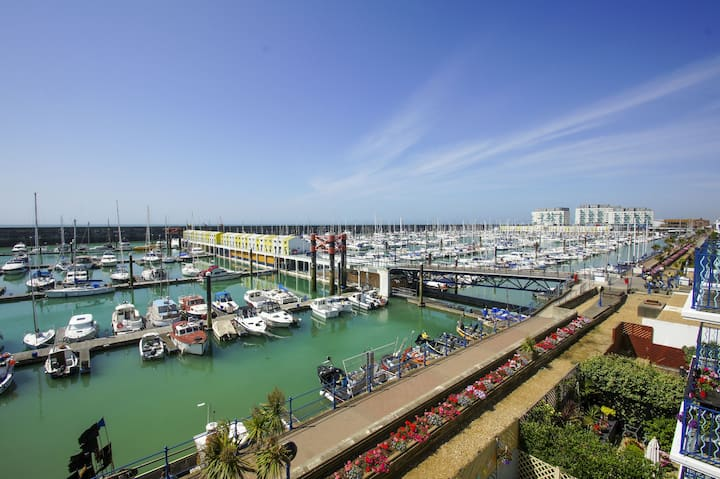 ★Harbour View★Parking★Marina Restaurants★