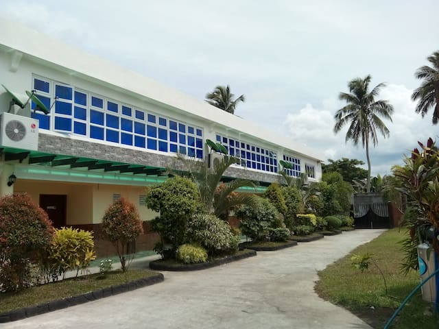 Affordable Hotel Rooms in Oas, Bicol, Philippines