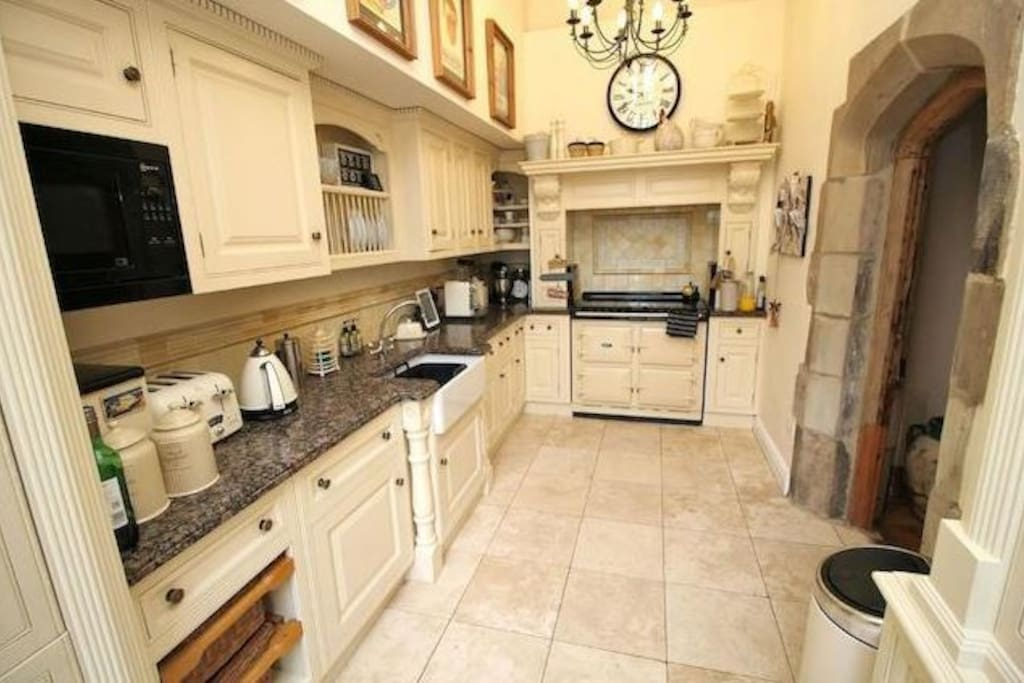 The kitchen with aga