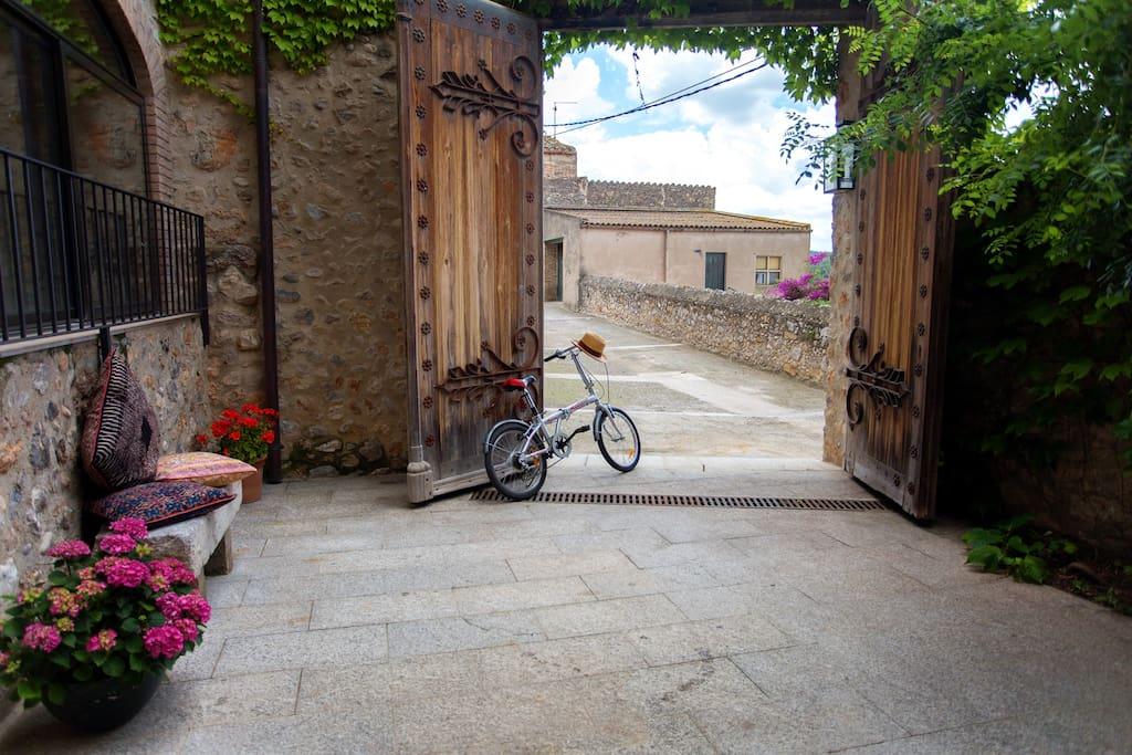 Casa ana maria cottages for rent in sant mori catalunya - Casa ana maria ...