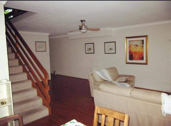 Two-Floor comfy apartment with private room - Saint Lucia - Apartament