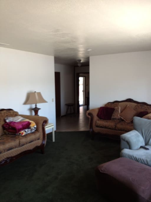 Room For Rent In Moreno Valley With Dog