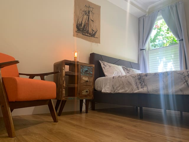 ☀️Master Bedroom in ♥️ of SF