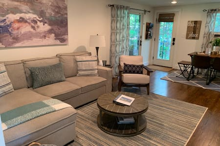 Sag Harbor Haven - Private Apartment